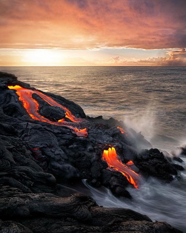 7177 Любитель лавы – фотограф вопасной близости отвулкана наГавайях