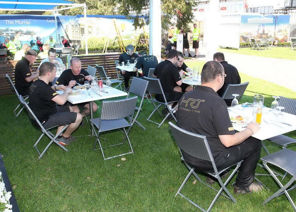 8115 За кулисами Гран При Австралии 2012: фоторепортаж
