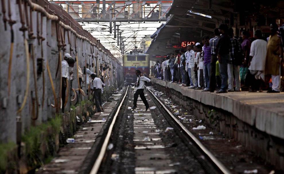 887 Индийская железная дорога   перегруженный гигант в действии