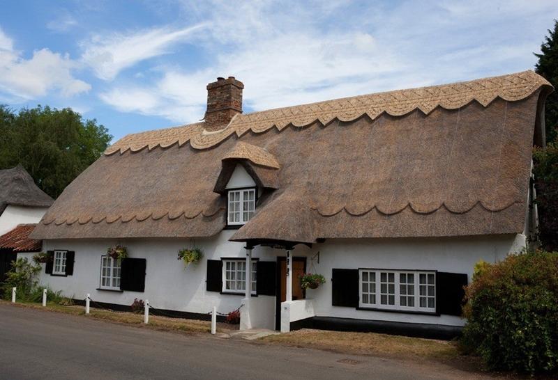 920 Соломенные крыши английской провинции