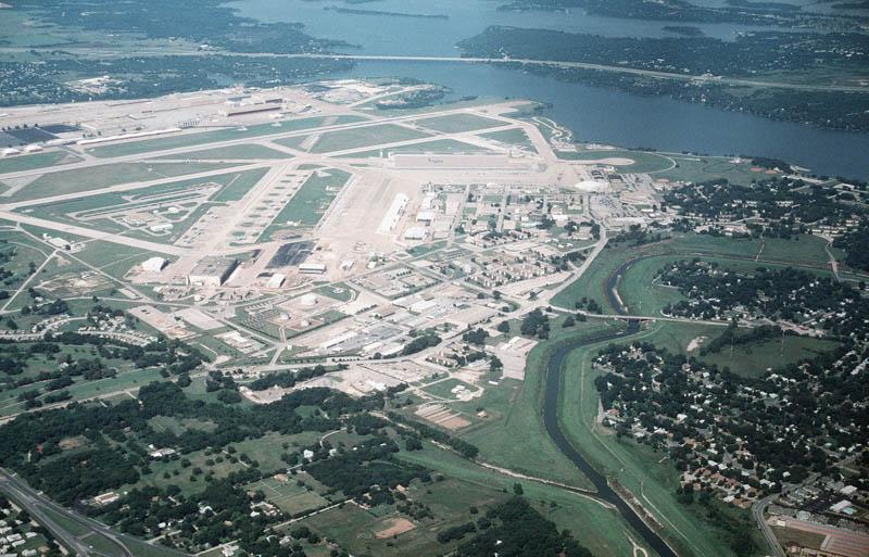 934 16 баз ВВС и флота США