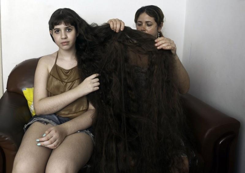 Brazil 1 800x563 12 летняя Рапунцель из Бразилии продаст косу, чтобы сделать ремонт в квартире