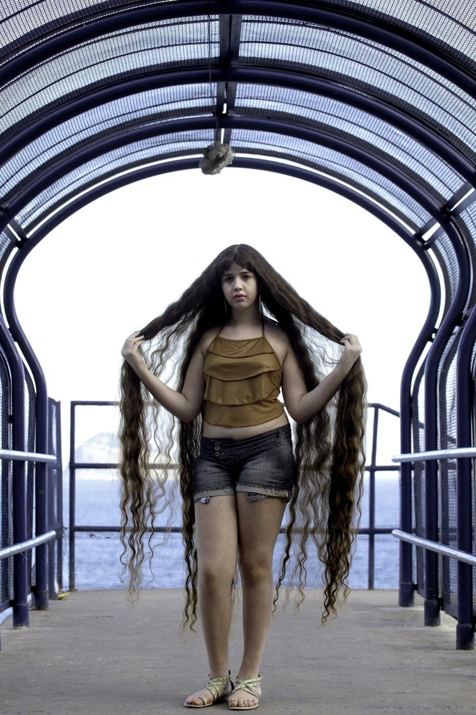 Brazil 2 12 летняя Рапунцель из Бразилии продаст косу, чтобы сделать ремонт в квартире