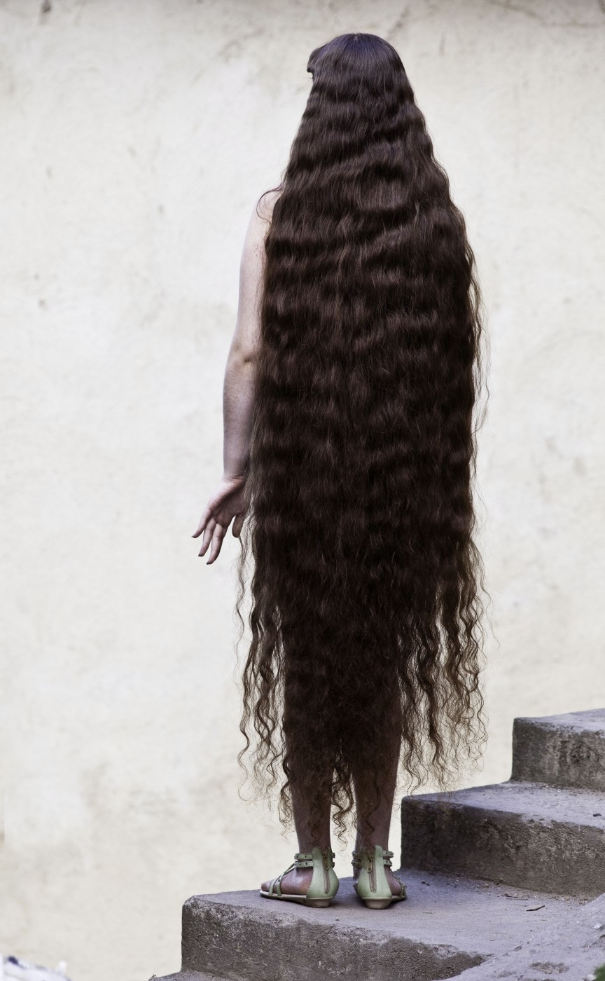 Brazil 5 12 летняя Рапунцель из Бразилии продаст косу, чтобы сделать ремонт в квартире