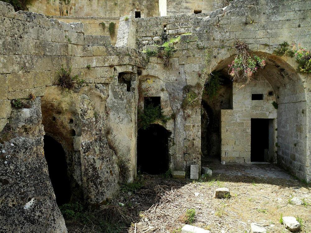 before ext 2 Один из лучших отелей мира – в средневековой крепости Матера