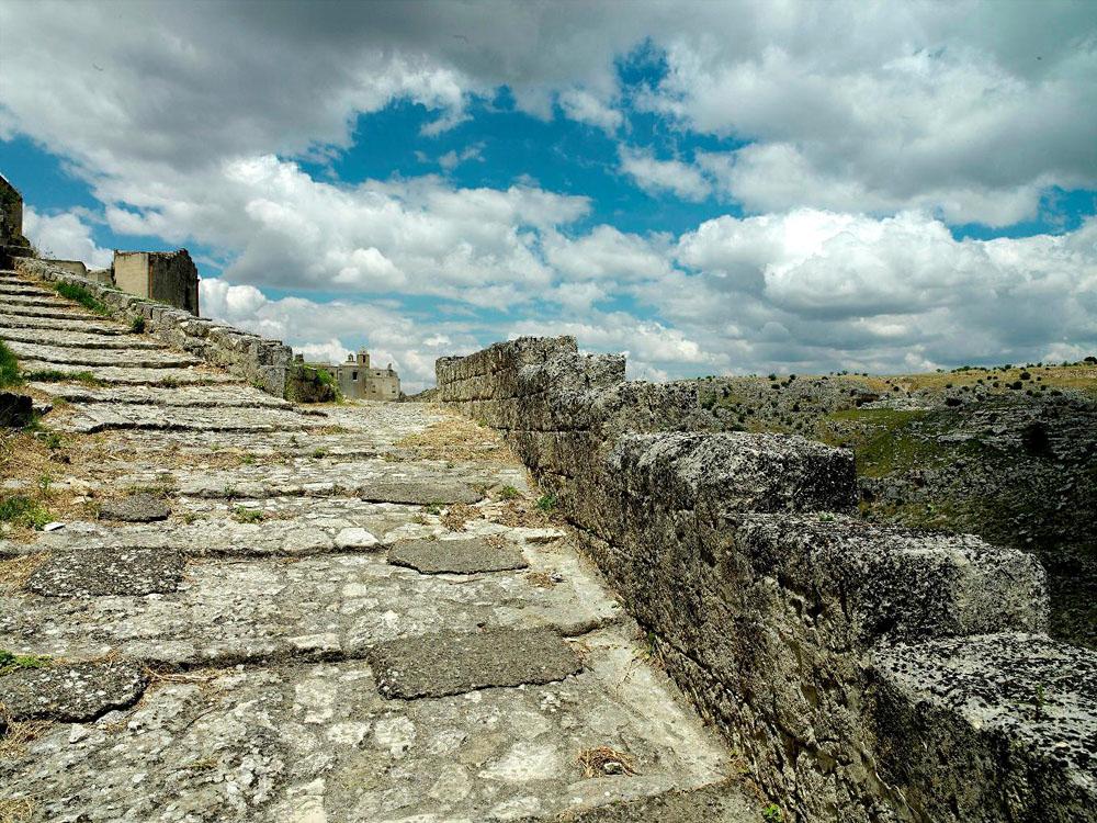 before ext 4 Один из лучших отелей мира – в средневековой крепости Матера