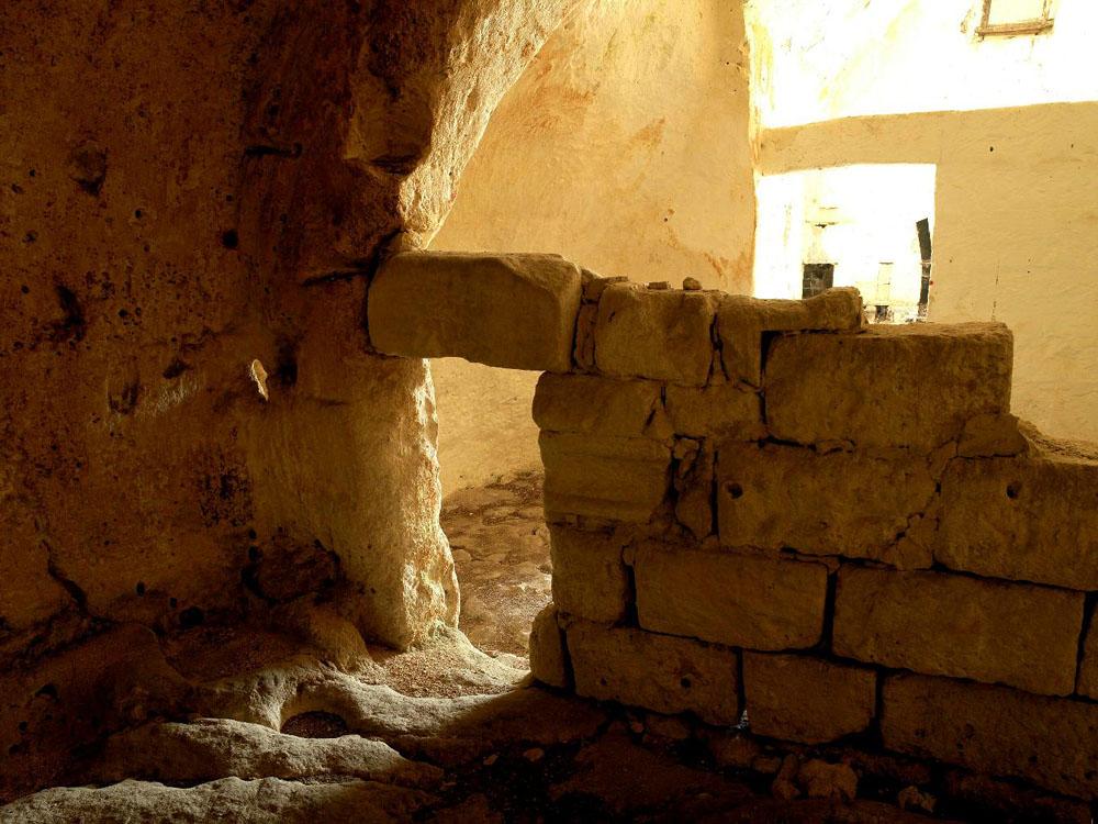 before int 3 Один из лучших отелей мира – в средневековой крепости Матера