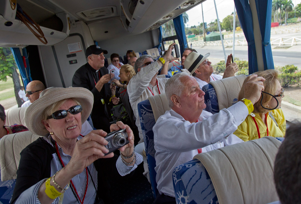 bp243 Папа Бенедикт XVI приехал на Кубу