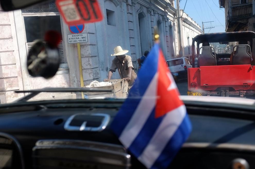 bp352 Папа Бенедикт XVI приехал на Кубу