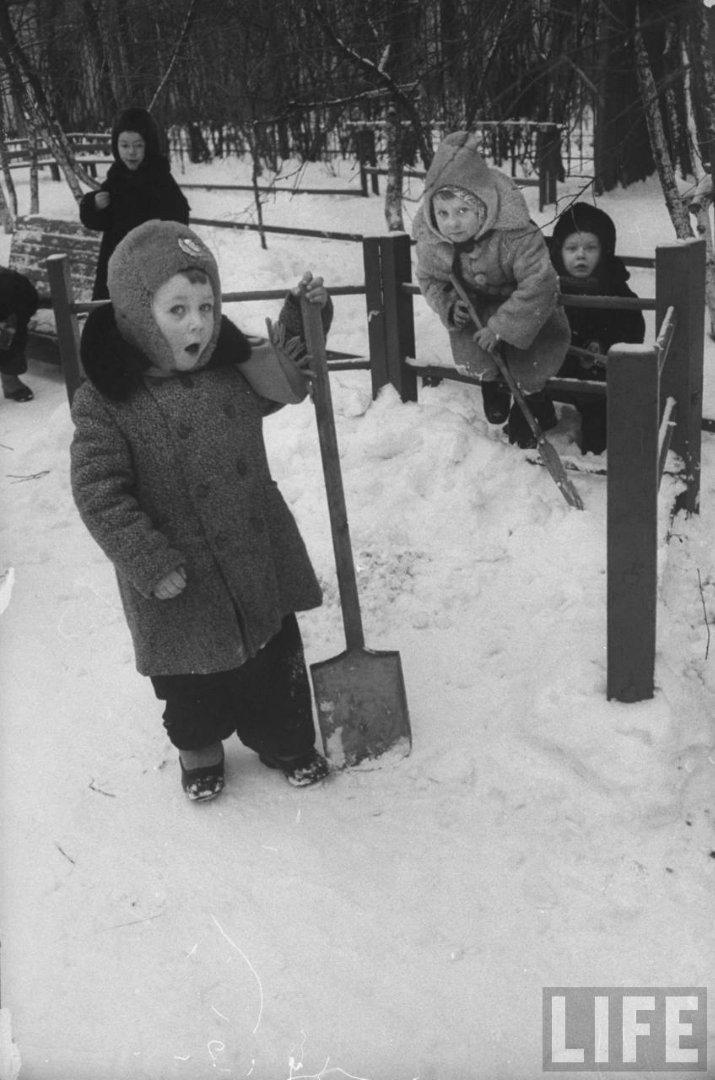 fae4e503f236 Жизнь советского детского сада в 1960 году глазами фотографа Life