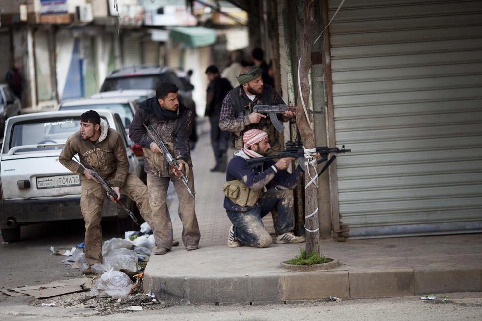 fleeing syria 01 Гражданская война в Сирии
