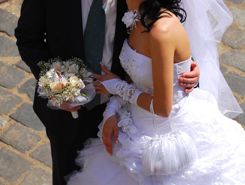 headless bride and groom 10 вещей, которые запрещено делать согласно Библии