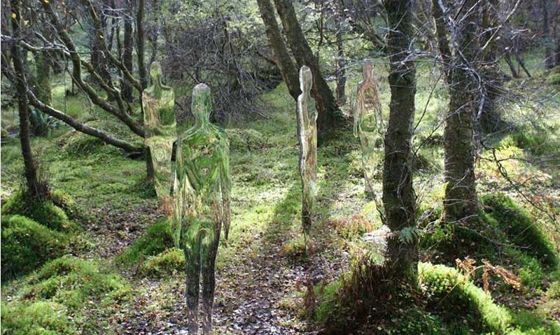 mirror people 2 Скульптуры призраки в шотландском лесу