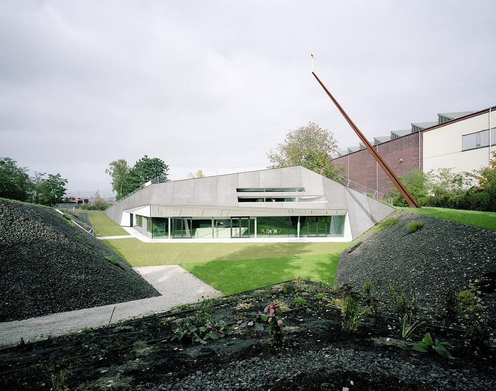 modernp9 Религия может быть стильной: в Австрии построили футуристическую церковь
