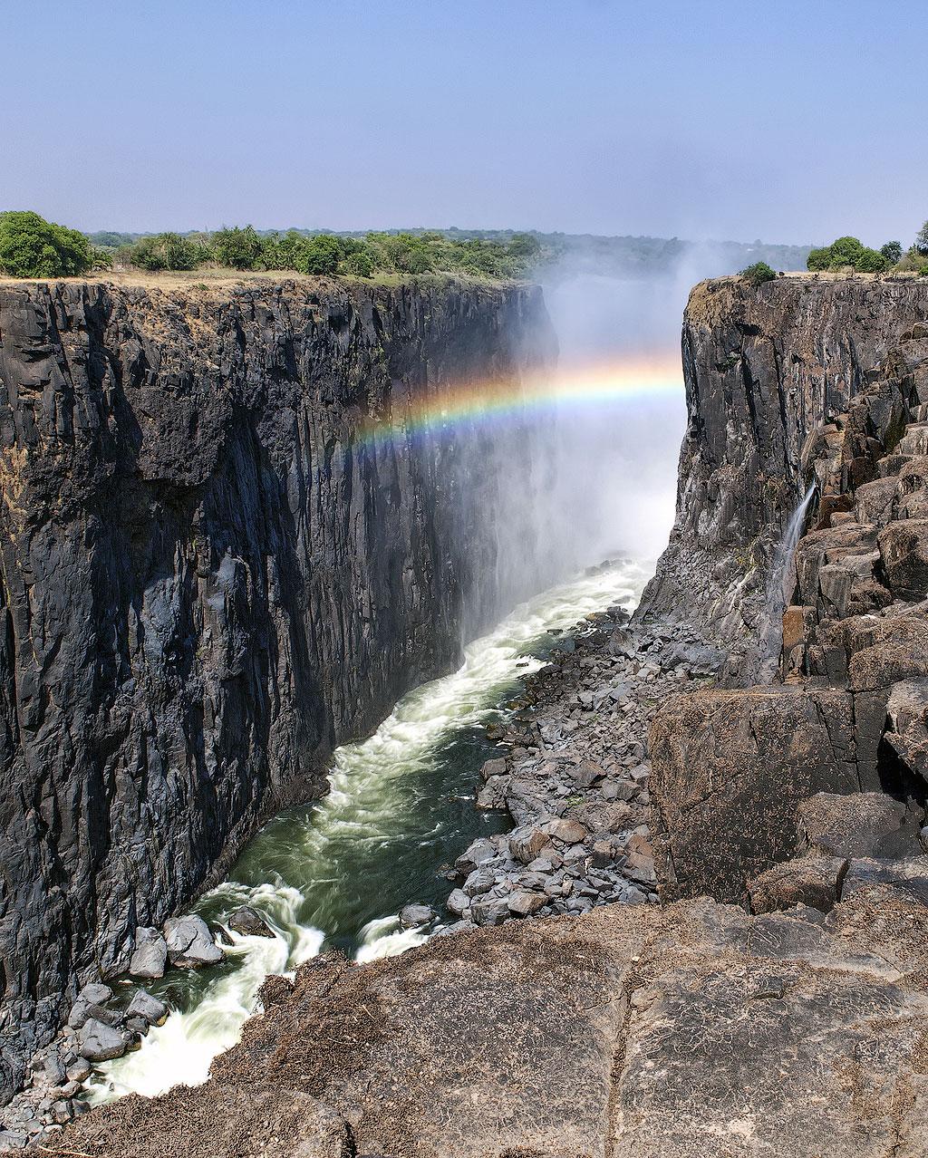 картинки самый большой водопад истории про измены