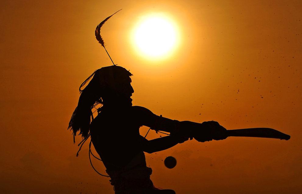 s m01 40769803 Команда по крикету из племени масаи