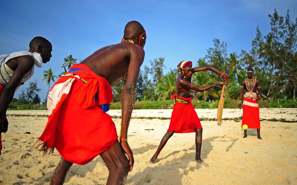 s m04 40839799 Команда по крикету из племени масаи