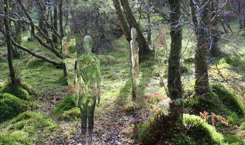 siluetas bosque rob mulholland 04 Скульптуры призраки в шотландском лесу