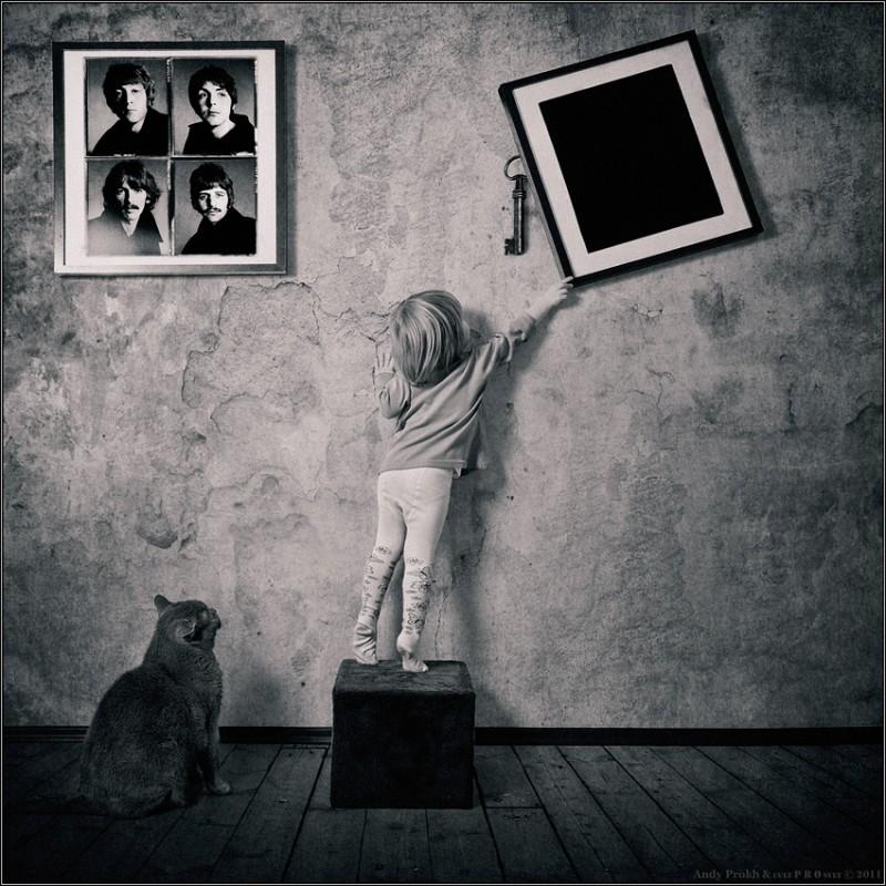что скрывает черный квадрат 800x800 Маленькая девочка и кот Том