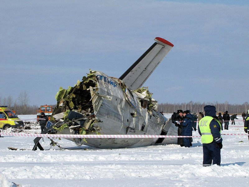 Крушение самолета Utair под Тюменью
