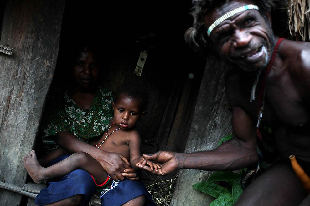 1093 Племя Дани из Западной Папуа