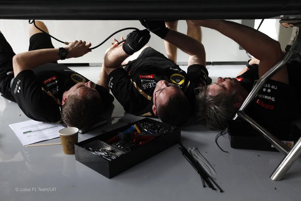 13118 За кадром Гран При Бахрейна 2012
