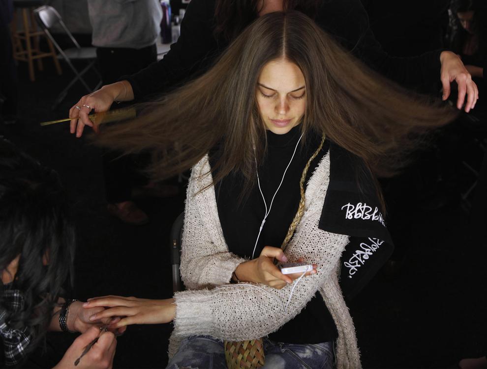 1321 За кулисами нью йоркской недели моды сезона осень 2012