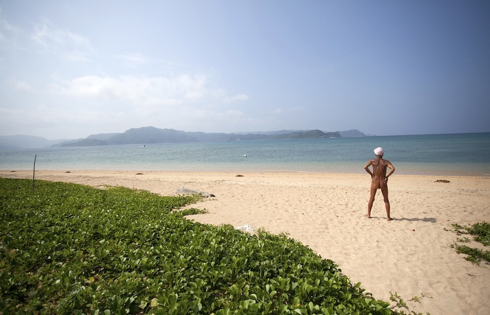 1405 Голый отшельник на собственном острове
