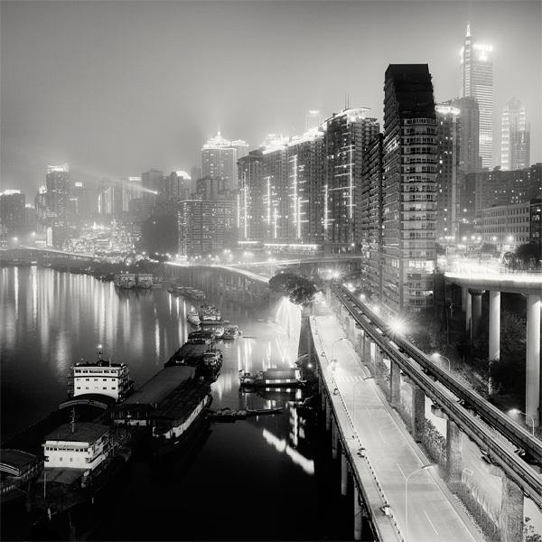 1413 Черно белая красота больших городов