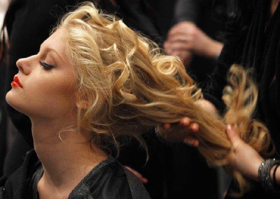 1419 За кулисами нью йоркской недели моды сезона осень 2012