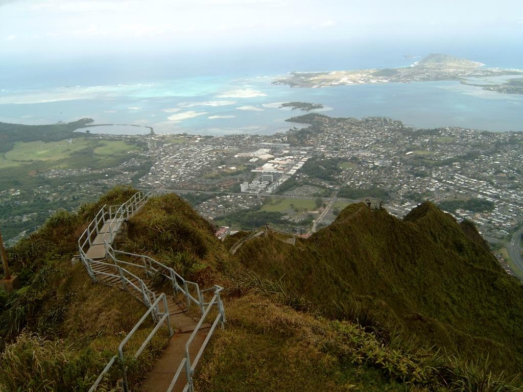 1500 Лестница Хайку на Гаваях