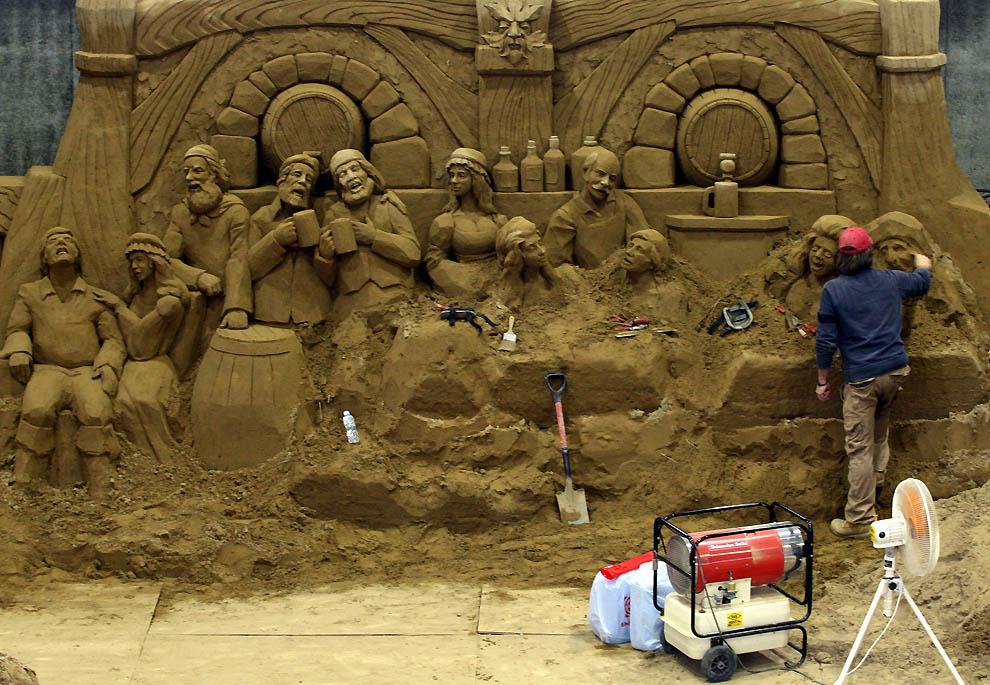 1525 Выставка песочных скульптур на дюне Тоттори