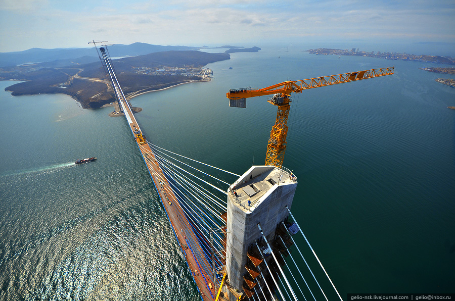 1596 Мост на остров Русский во Владивостоке (Апрель 2012)