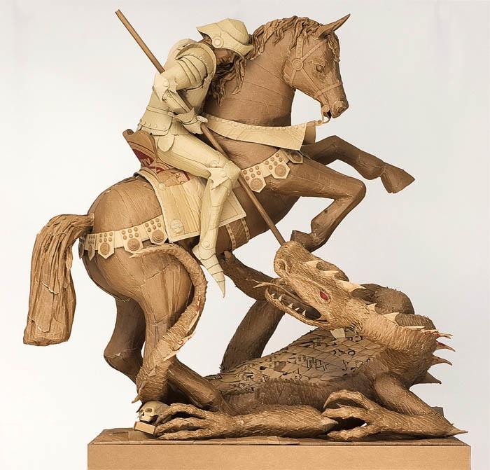 1706 Скульптуры из картона