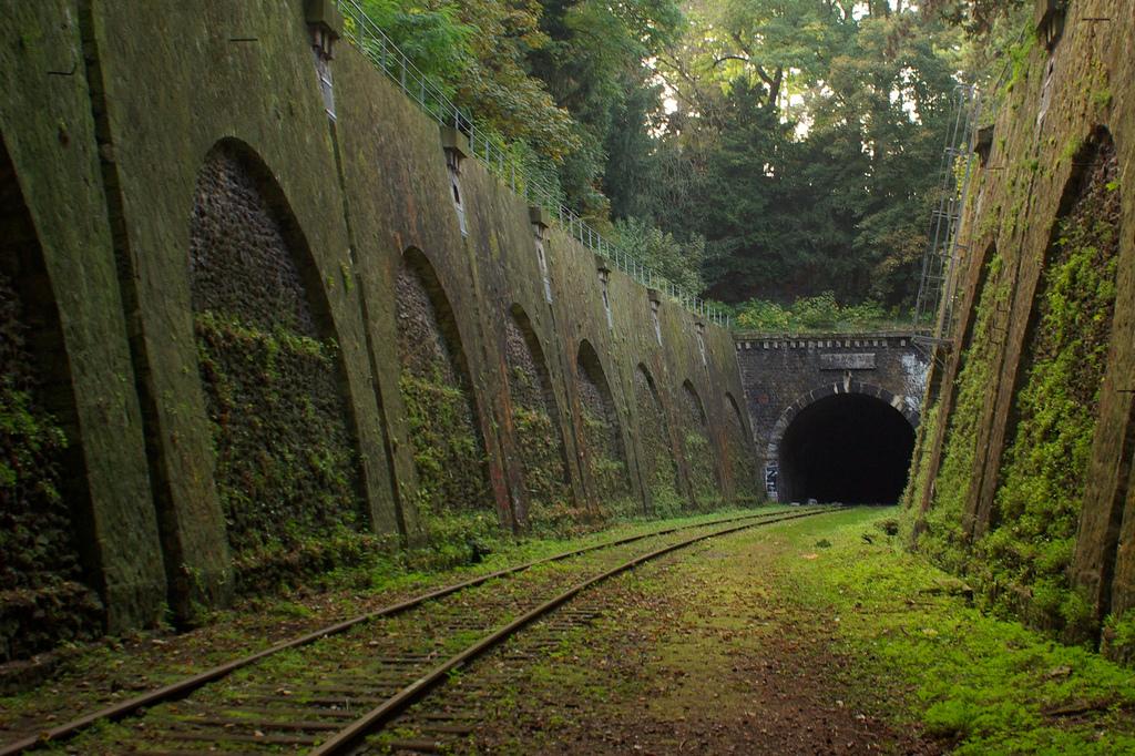 1709 Заброшенные железные дороги