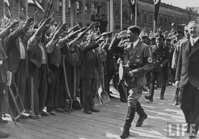 1718 Жизнь Адольфа Гитлера в фотографиях