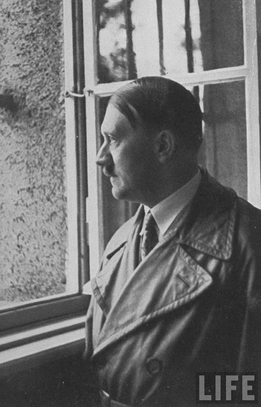 1915 Жизнь Адольфа Гитлера в фотографиях