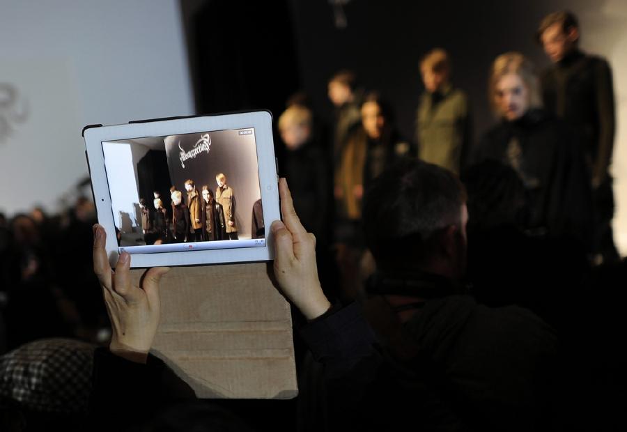 2012 За кулисами нью йоркской недели моды сезона осень 2012
