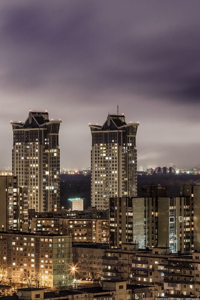2037 Ночной Киев