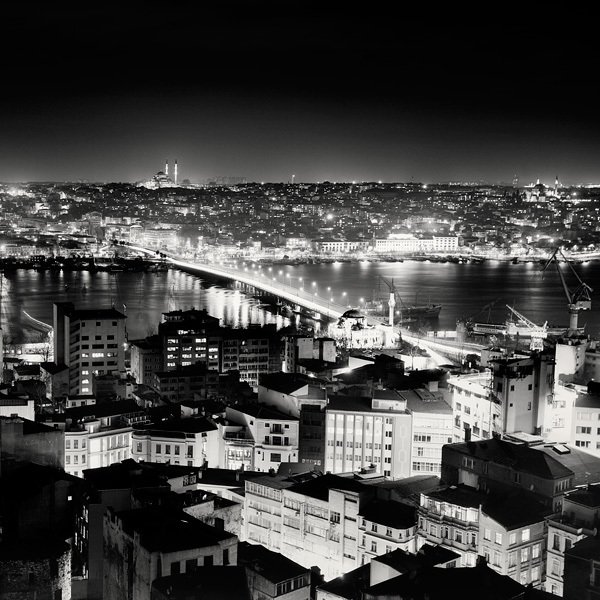 206 Черно белая красота больших городов