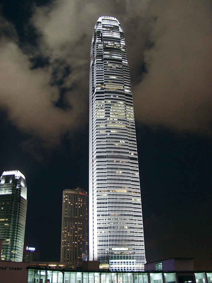 2073 Мировые достопримечательности ночью