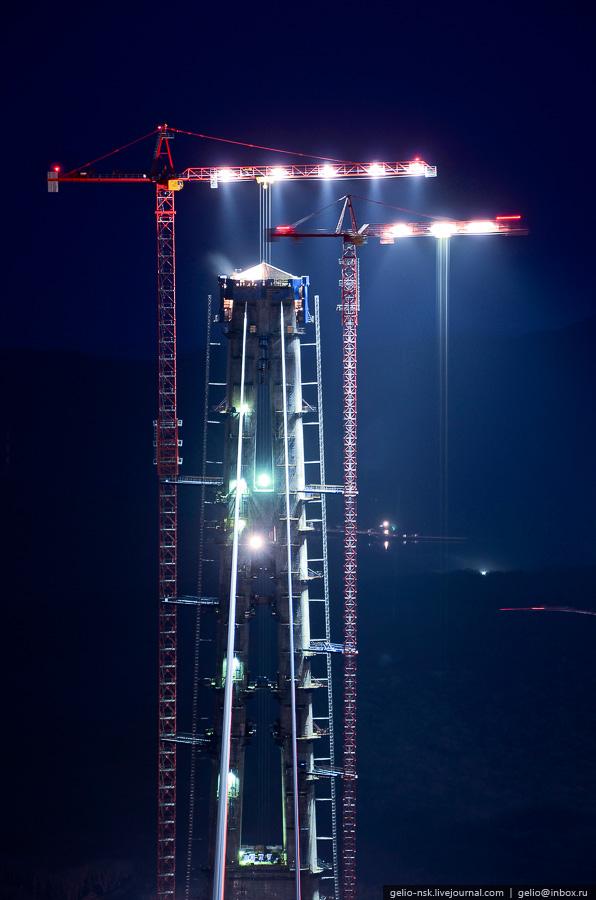 21120 Мост на остров Русский во Владивостоке (Апрель 2012)