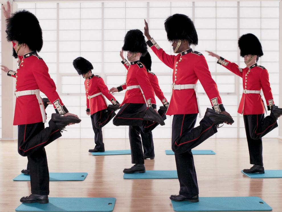 21138 Лондонские гвардейцы готовятся к Олимпиаде