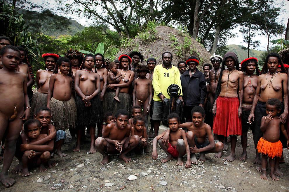 2341 Племя Дани из Западной Папуа