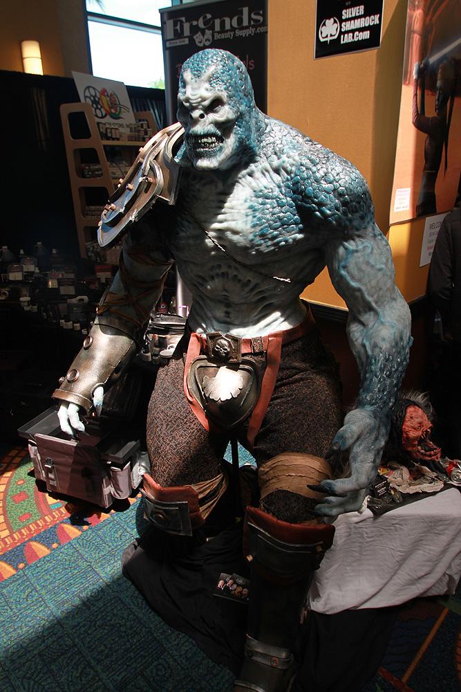 2436 Бал монстров   Выставка Monsterpalooza