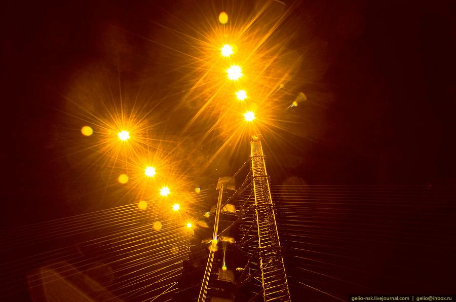 2448 Мост на остров Русский во Владивостоке (Апрель 2012)