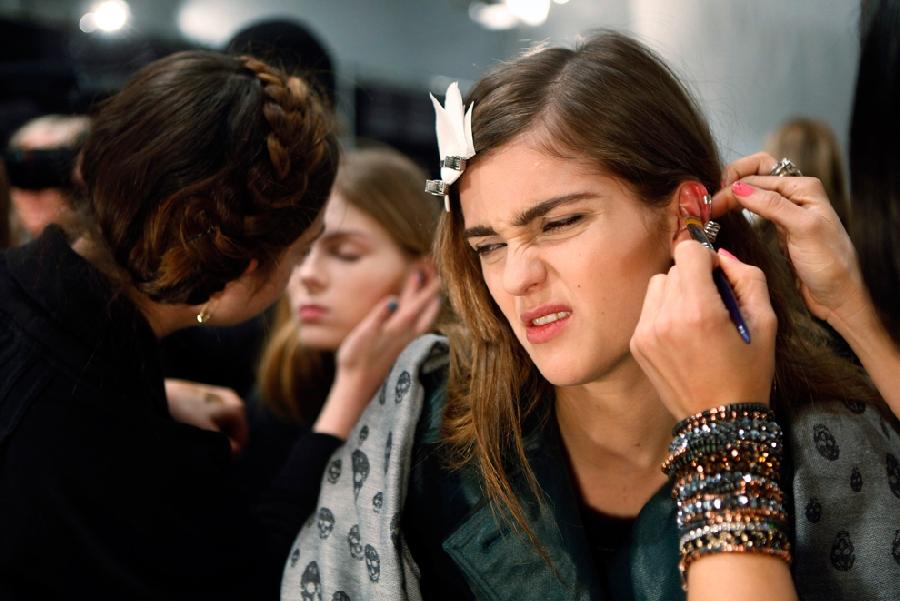248 За кулисами нью йоркской недели моды сезона осень 2012