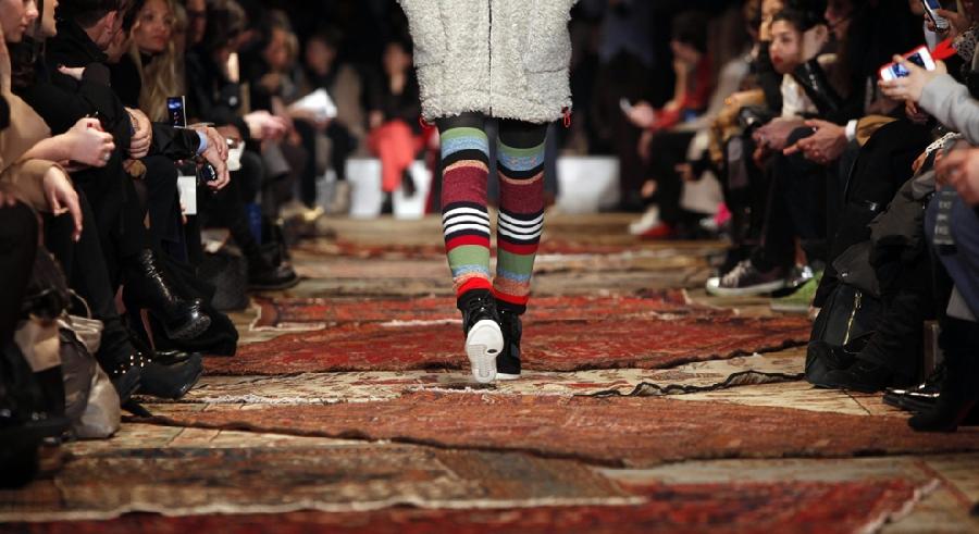 277 За кулисами нью йоркской недели моды сезона осень 2012