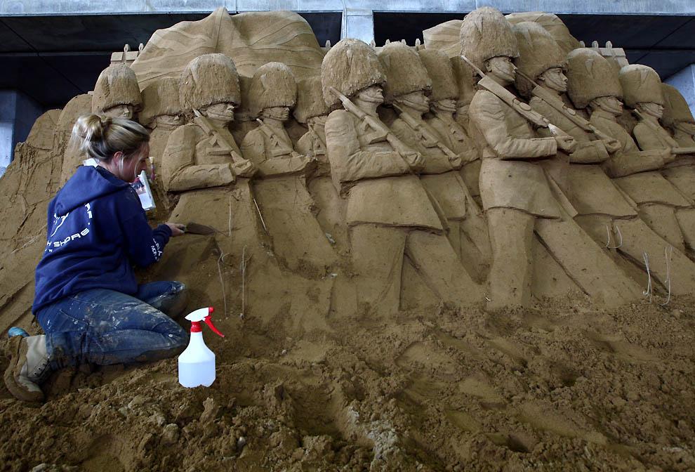 290 Выставка песочных скульптур на дюне Тоттори