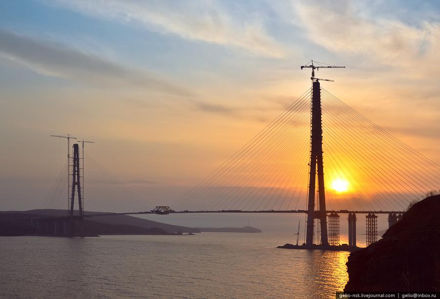 2932 Мост на остров Русский во Владивостоке (Апрель 2012)